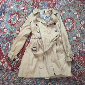 H&M Divided trench coat size 6 rouched waist NWT